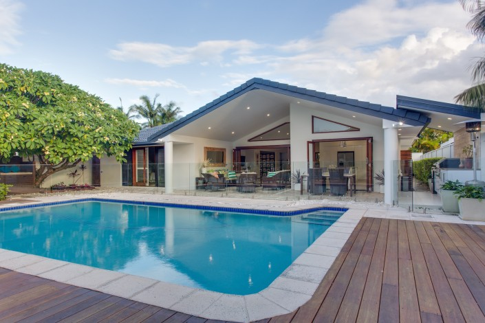 AU6A2716 blended 705x470 Gold Coast New Home Build