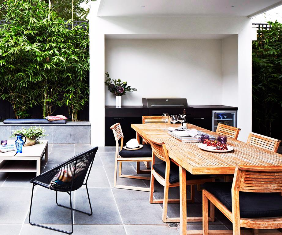 the outdoor kitchen Outdoor Kitchens